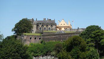 Stirling gilt als idealer Ausgangspunkt für Ausflüge in die Highlands und in die beiden schottischen Großstädte Glasgow und Edinburgh.